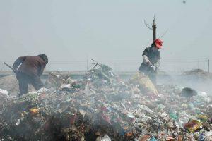 Burning Garbage Hubei